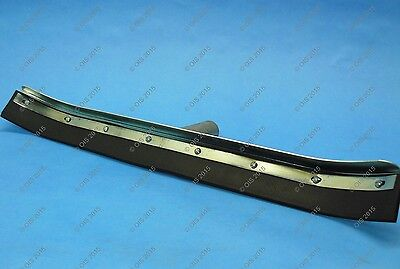 """Bowman 21618-1 Heavy Duty 24"""" Curved Floor Squeegee Tapered Handle New"""