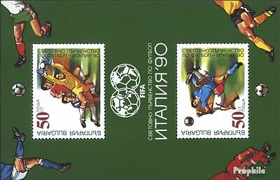 Bulgaria block209a (complete issue) unmounted mint / never hinged 1990 Football-