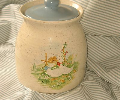 "Hand Made Ceramic Crock w Lid Geese White Blue Cookie Jar 7"" x 6"""