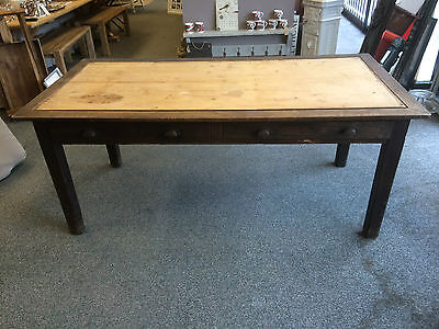 Oak desk with insert for leather , requires restoration