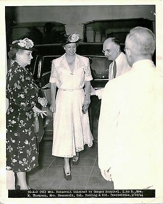 ELEANOR ROOSEVELT AT GORGAS HOSPITAL ANCON CANAL ZONE PANAMA- TWO ca 1944 PHOTOS