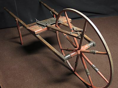 Thompson Wheel-Barrow Seeder   Planter original condition Clover & Grass Seeder