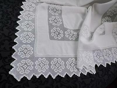 Antique Linen Tablecloth Wide Filet Crochet Edging and Insert Border