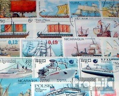 Motives 200 different Vessels and Boats stamps