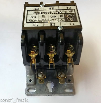 GE CR353AD3AH4AED 40 Amp Definite Purpose Contactor 24 VAC Coil 1 or 3 Phase