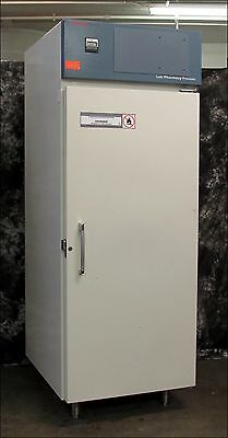 THERMO FORMA 3801 27.3 Cubic Foot -20C Lab Freezer