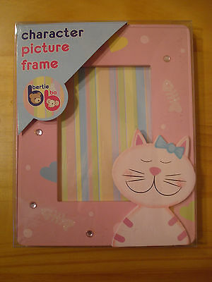 Girls Wooden Picture Frame 3 Designs Princess / Cats / Mice Pink