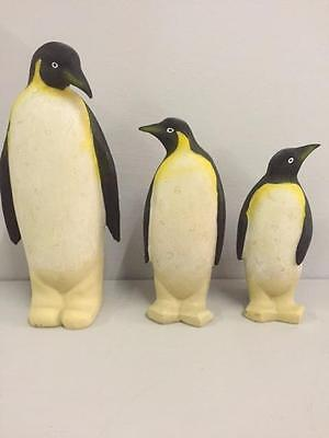 New PENGUIN FAMILY ORNAMENTS Figurines Collectable Bird Animal Home Decor Gift