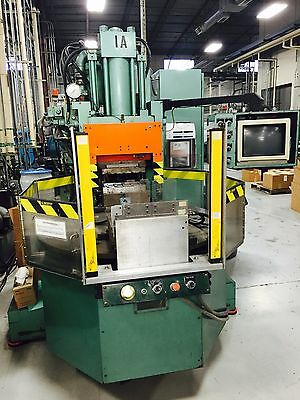 1993 Autojector HCR-70S 70 ton Vertical Plastic Injection Molder used Plastics