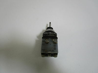 Allen Bradley Toggle Switch 800T-T2Mb21 Ser. N *used*