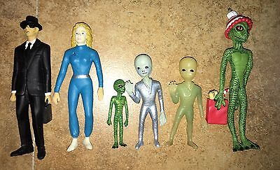 Lot of 6 Shadowbox Alien Figures Grey Reptilian Roswell
