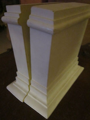 Pair Architectural element decorative molding Grand Tuscan keystones