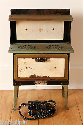 """Empire Metal Ware Toy Stove Early to Mid 20th C. ~5.75x10.25x16.5"""" Free Shipping"""