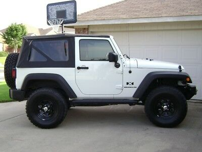 2007-2009 Jeep Wrangler 2-Door Replacement Soft Top with Tinted Rear Windows