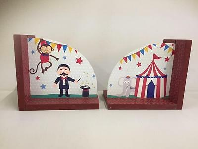 New CIRCUS BOOK ENDS Big Top Magician Childrens Bedroom Home Gift Christmas