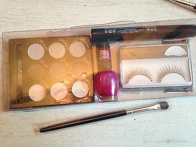Bundle Brush Polish Mascara Lashes Eye Shadow Palette  Mixed Make-Up  Lot New