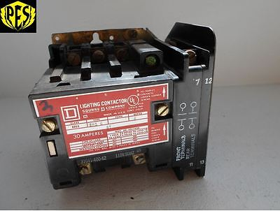 Square D 8903Smo4V02 5 Pole 30A Electrically Held Lighting Contactor 120V Coil