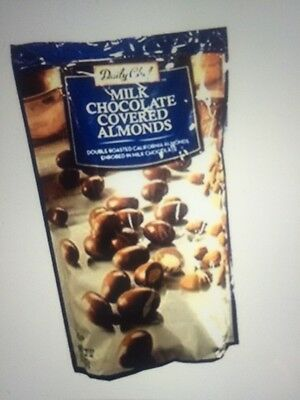 NEW Daily Chef Milk Chocolate Covered Almonds  32 Ounce