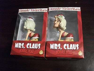 Mrs. Claus (Naughty/Nice) Bobble Heads #6 - Lot of 2 - (New)