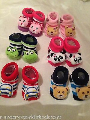 baby babies girls boys rattle socks pink blue red green 3-12 MONTHS