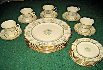Minton Henley fine bone china 27 piece set, never used
