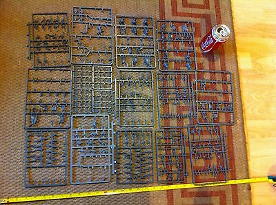 Skaven Sprue Spares Huge Lot Bits and Pieces Bits Box Conversion