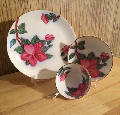 TUSCAN Hawaiian Flowers Red Hibiscus Trio Cup/Saucer/Dessert Plate C9453