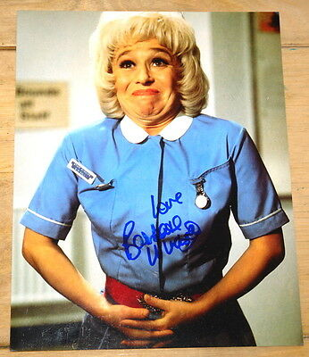 BARBARA WINDSOR ~ AUTHENTIC HAND SIGNED 10 x 8 PHOTOGRAPH AUTOGRAPH ~ CARRY ON