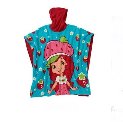 NEW Strawberry SHORTCAKE Fleece Hooded Poncho BLANKET