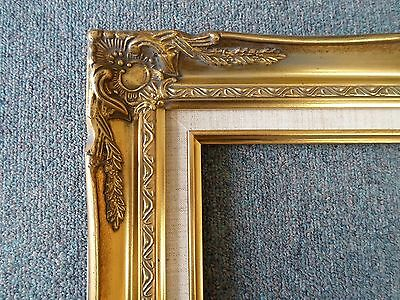 Picture Frame- 16x20 -Vintage Antique Style Ornate Old Gold  w Linen #628