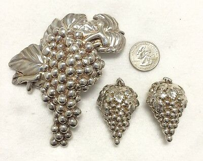 Tami Sterling Silver Bunch of Grapes Brooch & Matching Earrings - 70 Grams