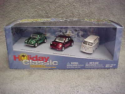 Johnny Lightning VOLKSWAGEN VW Christmas Holiday Classic 3 Car Box Set MIP