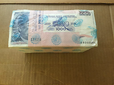 BRICK of 1000 YUGOSLAVIA TITO NOTES of 1985 PICK # 93 with RADAR & MAYBE ERROR ?