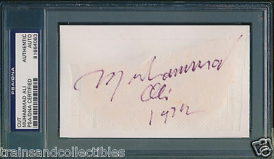Muhammad Ali Vintage Signed Cut From 1972 Auto Psa/dna #81664063 Very Rare
