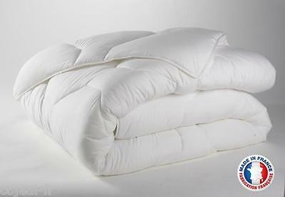 COUETTE BLANCHE DOUBLE FACE 220 X 240 MADE IN FRANCE 450 g/m2 MICROFIBRE NEUF