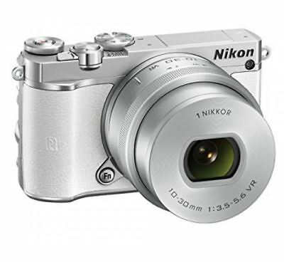 Nikon 1 J5 Mirrorless Digital Camera with 10-30mm Lens ( Black )