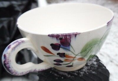Blue Ridge  Southern Pottery Inc.  hand painted teacup  Fox Grape  scalloped