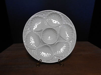 """Oyster Plate 10"""" Pale Blue Basketweave On White California Pottery USA 610"""