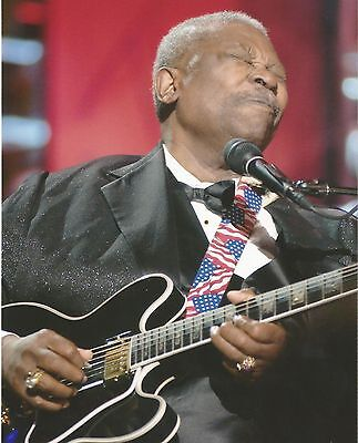 Bb King Music Legend Unsigned 8X10 Photo