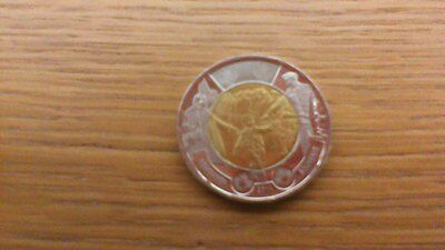 2 Dollars -Remember - Canadian Coin 2014 - Canada - Toonie - Circulated
