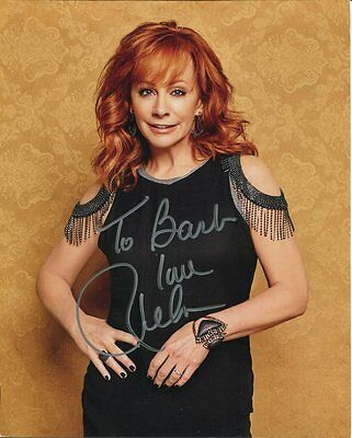 REBA MCENTIRE autographed 8x10 color photo     AWESOME COUNTRY SINGER   To Barb