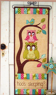 Hoo's Sleeping - fun owl pieced & applique banner quilt PATTERN