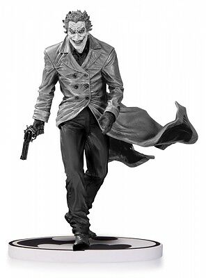 Batman Black & White Statue The Joker by Lee Bermejo 2nd Edition 18 cm