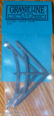 Grandt Line #3951 (1:24th Scale) Arched Gable Trim (2 in Package)