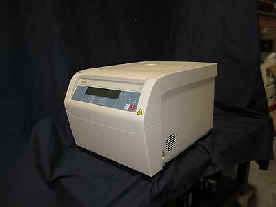Thermo Scientific Sorvall ST8 Centrifuge 230V