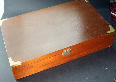 Large Humidor Box for Havanas and Habanos Cigars 17 1/2 by 10 3/4 inches