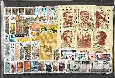 Yugoslavia 1999 unmounted mint / never hinged Complete Volume in clean Conservat