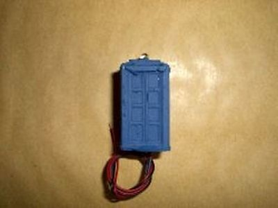 Police Box with flashing light - 12v DC - O Gauge