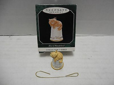 1998 Hallmark Keepsake Ornament Alice in Wonderland Cheshire Cat Thimble