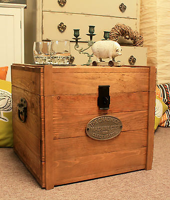 Wooden Chest Trunk Rustic Storage Blanket Box Antique Style Coffee Table